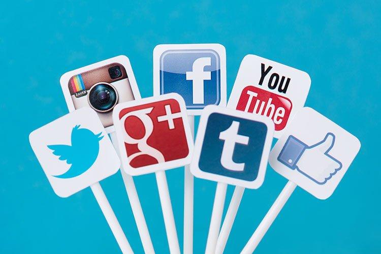 """Les """"stories"""" sur les réseaux sociaux, comment en tirer profit"""